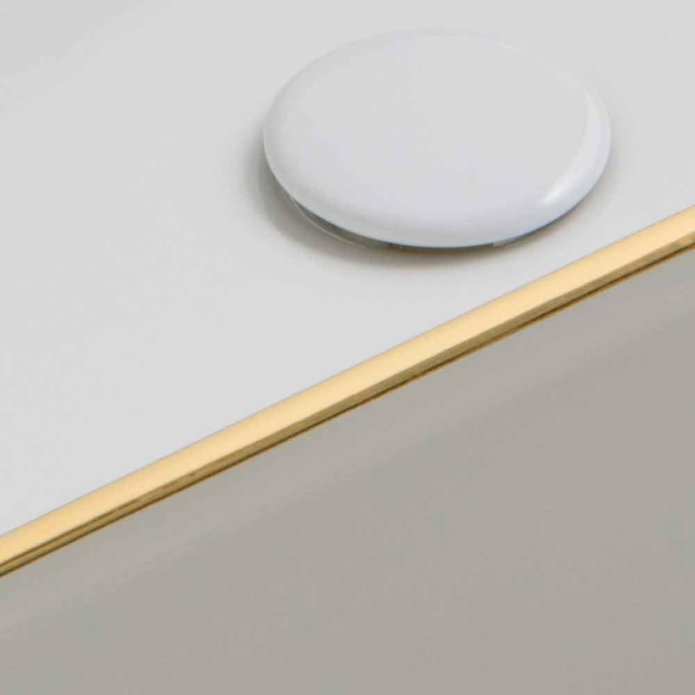 aufsatzwaschbecken aus keramik goldfarbene dekoration desing debora. Black Bedroom Furniture Sets. Home Design Ideas