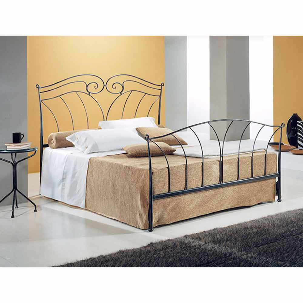 jugend queen size bett aus schmiedeeisen nettuno. Black Bedroom Furniture Sets. Home Design Ideas
