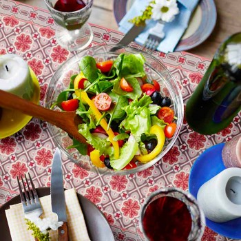 6 Elegante amerikanische Tischsets aus waschbarem PVC und Polyester - Petunia