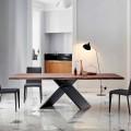 Bonaldo Ax Tisch aus Holz mit natürlichen  Umrandungen, Design made in Italy