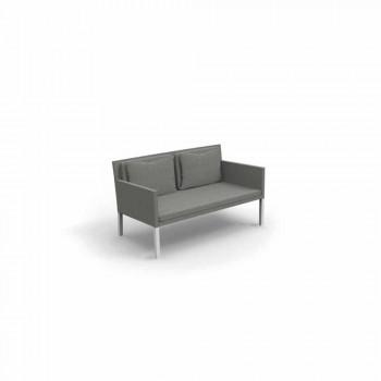 2-sitziges Sofa als Modell Garten Schritt für Talente