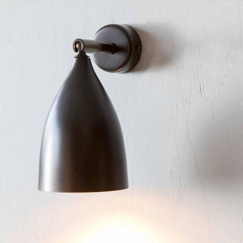 Moderne Artisan Wandleuchte aus Eisen und Aluminium Made in Italy - konisch