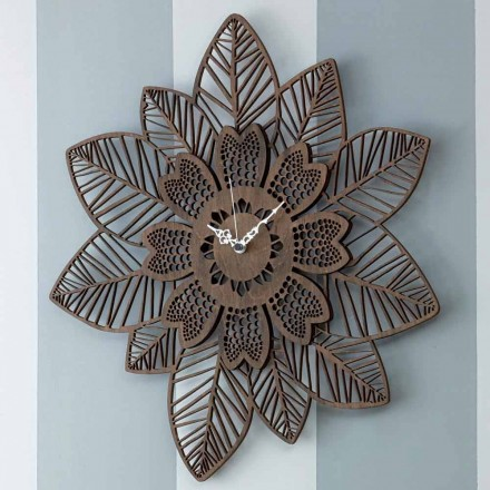 Wanduhr aus hellem oder dunklem Holz mit modernem Blumenmuster - Aquilegia