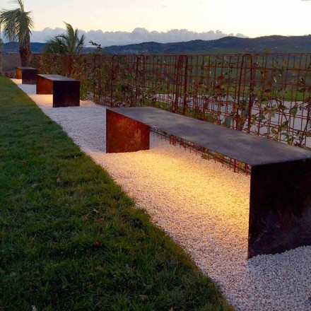 Handgefertigte Außenbank aus Stahl mit LED-Licht Made in Italy - Magdalena